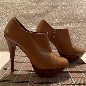 Zara ankle heeled boots, size 6.
